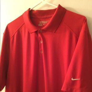 Nike Dri-Fit golf shirt. Polo shirt.